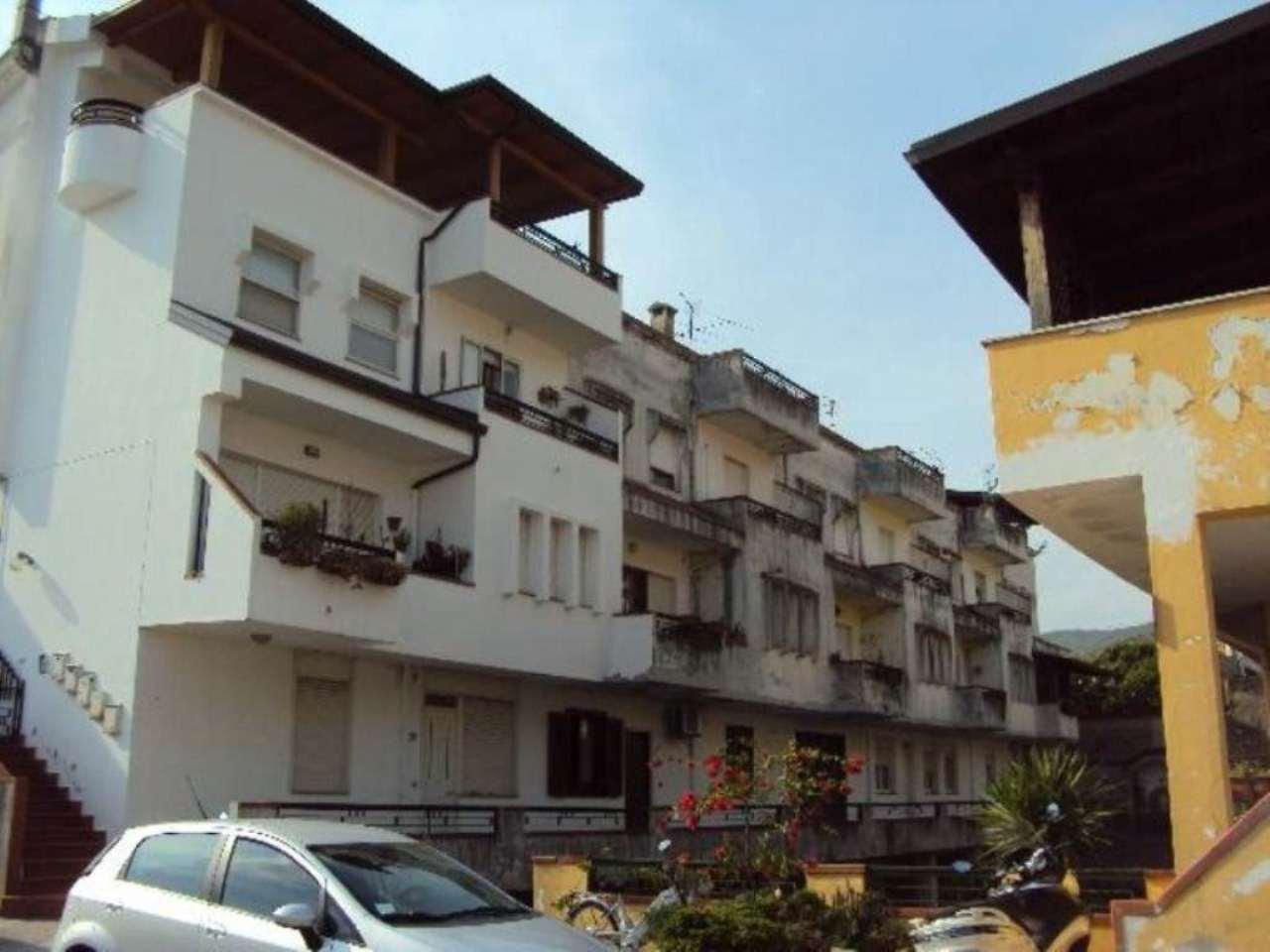 Bilocale Bellona Via Giordano Bruno 9
