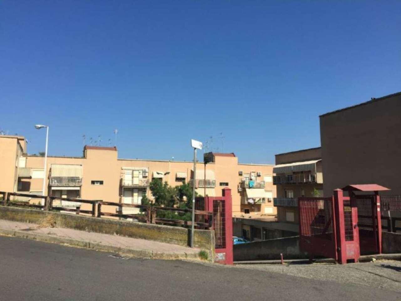 Bilocale Messina Via Del Fante 4