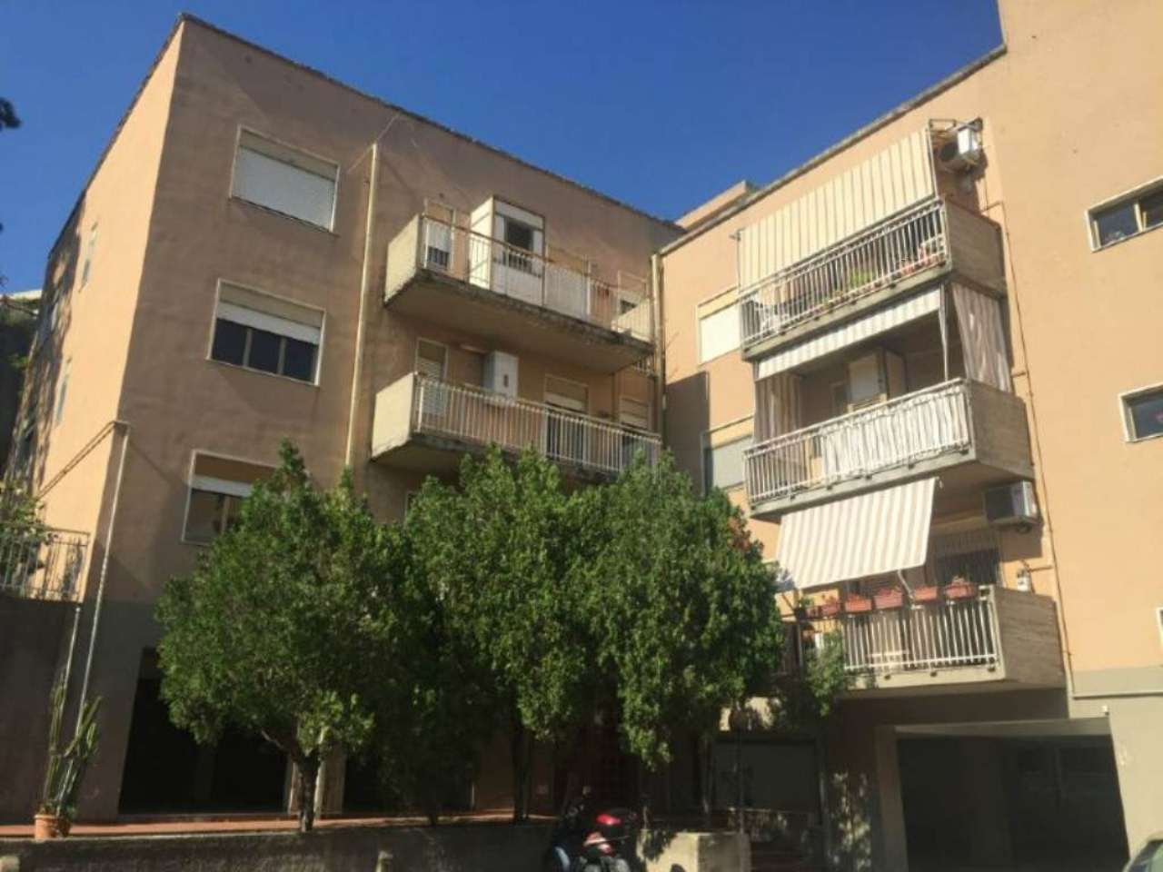 Bilocale Messina Via Del Fante 9