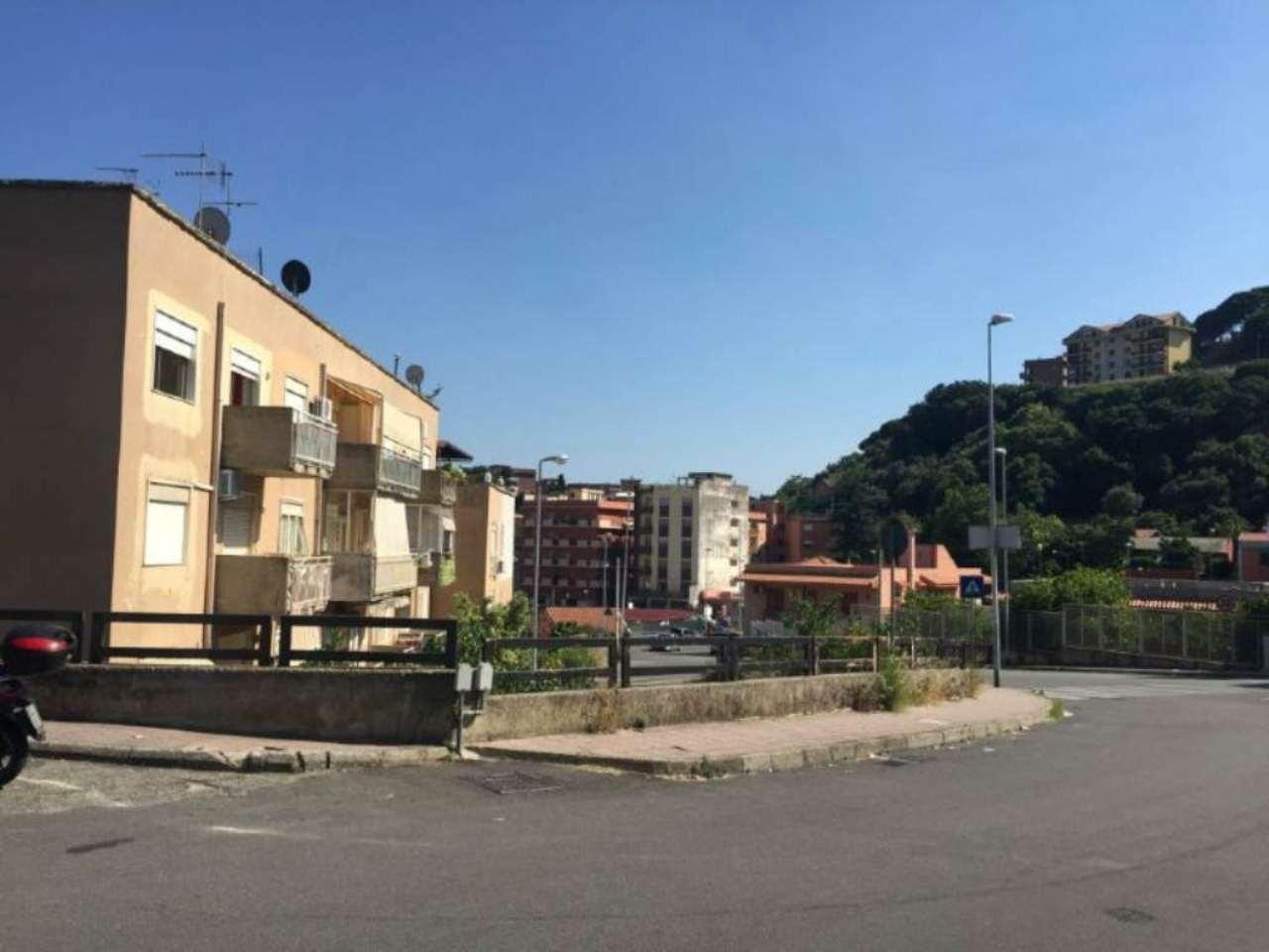 Bilocale Messina Via Del Fante 12