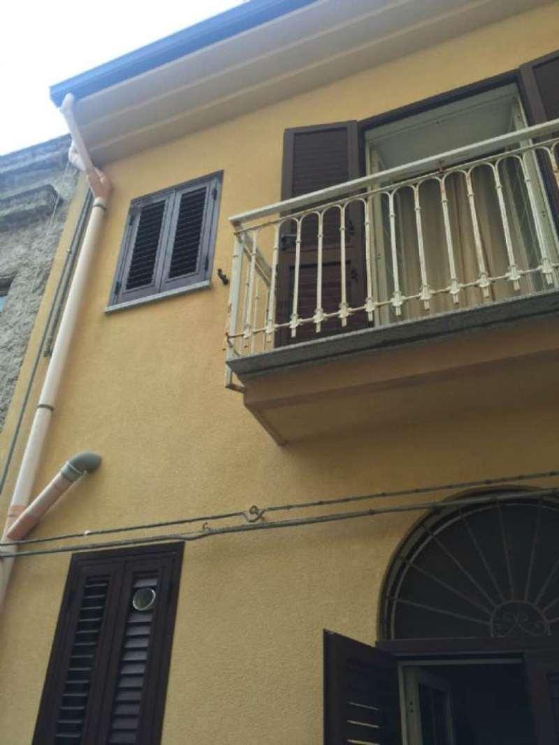 Bilocale Sant Agata di Militello Via Regina Margherita 13