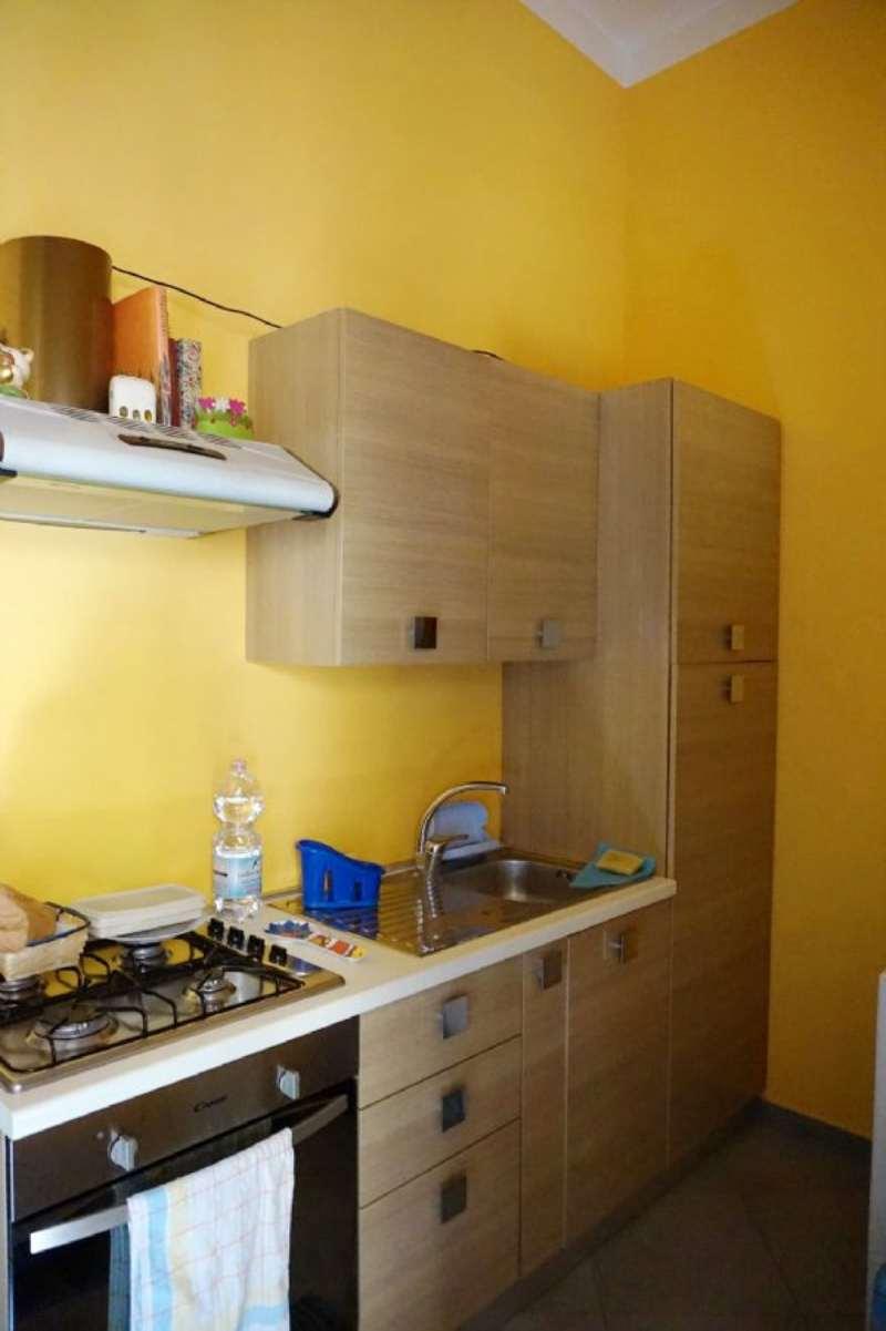 Bilocale Palermo Via Schiavuzzo 5