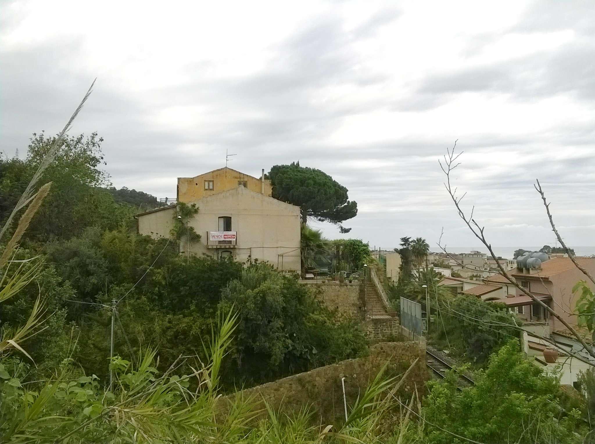 Bilocale Caronia Contrada Aragona 13