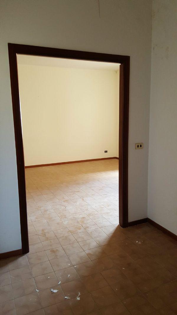 Bilocale Palermo Via Giovanni Dotto 5