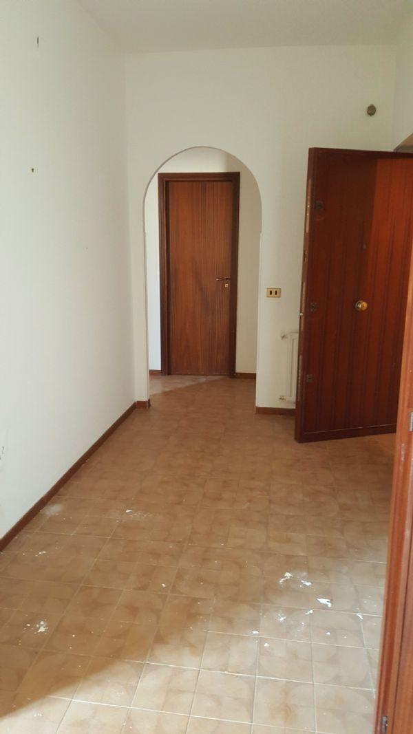 Bilocale Palermo Via Giovanni Dotto 9