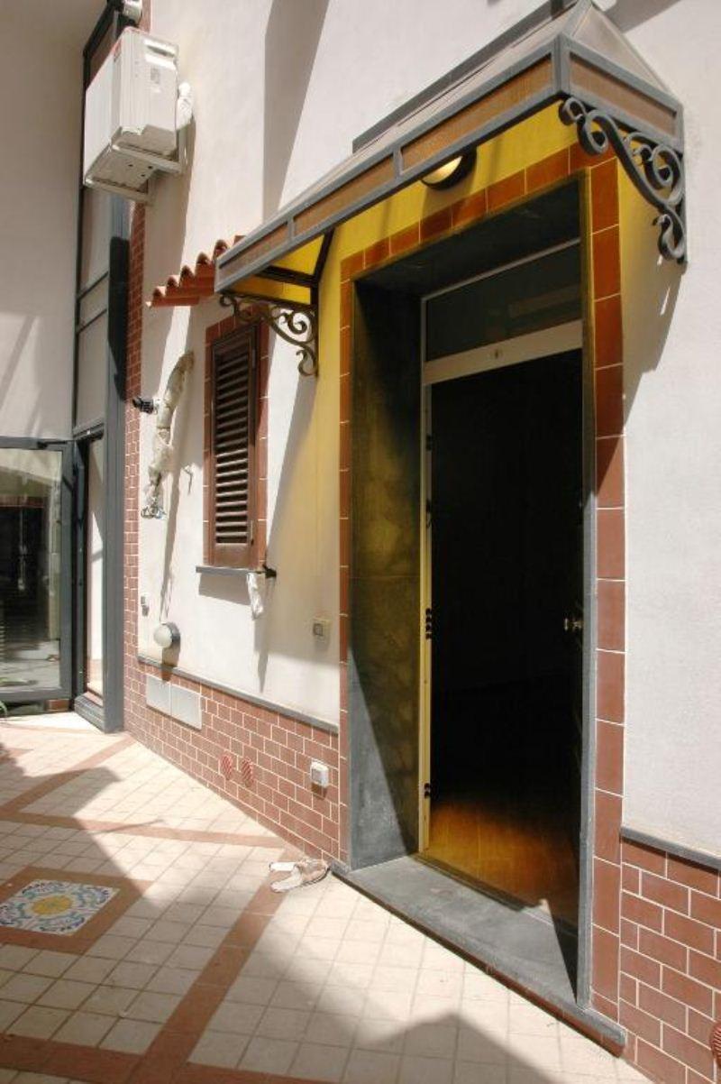 Bilocale Palermo Via Monfenera 8