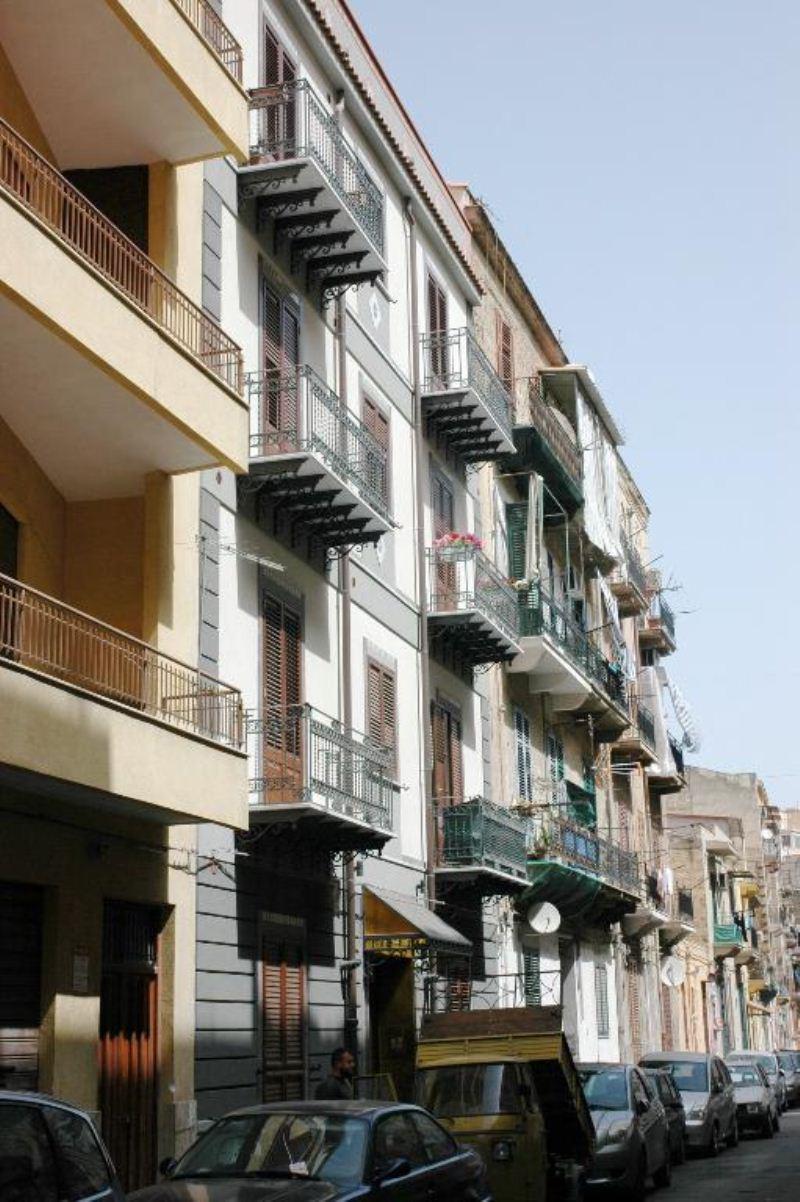Bilocale Palermo Via Monfenera 1