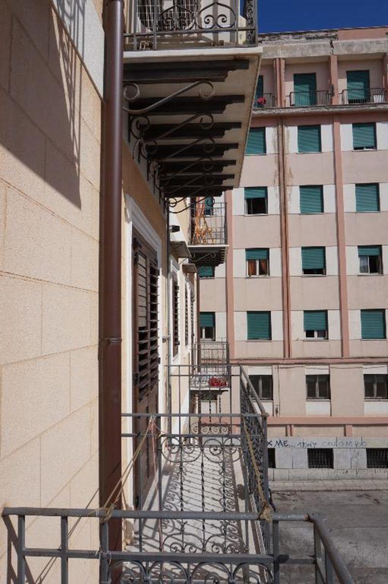Bilocale Palermo Via Albergheria 10