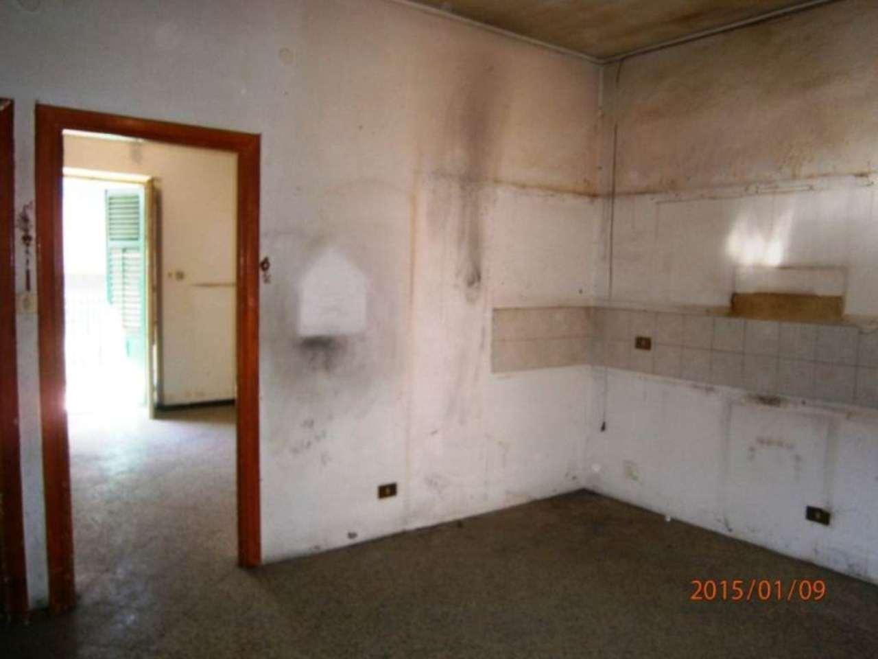 Bilocale Palermo Via Gualtiero Di Palearia 3