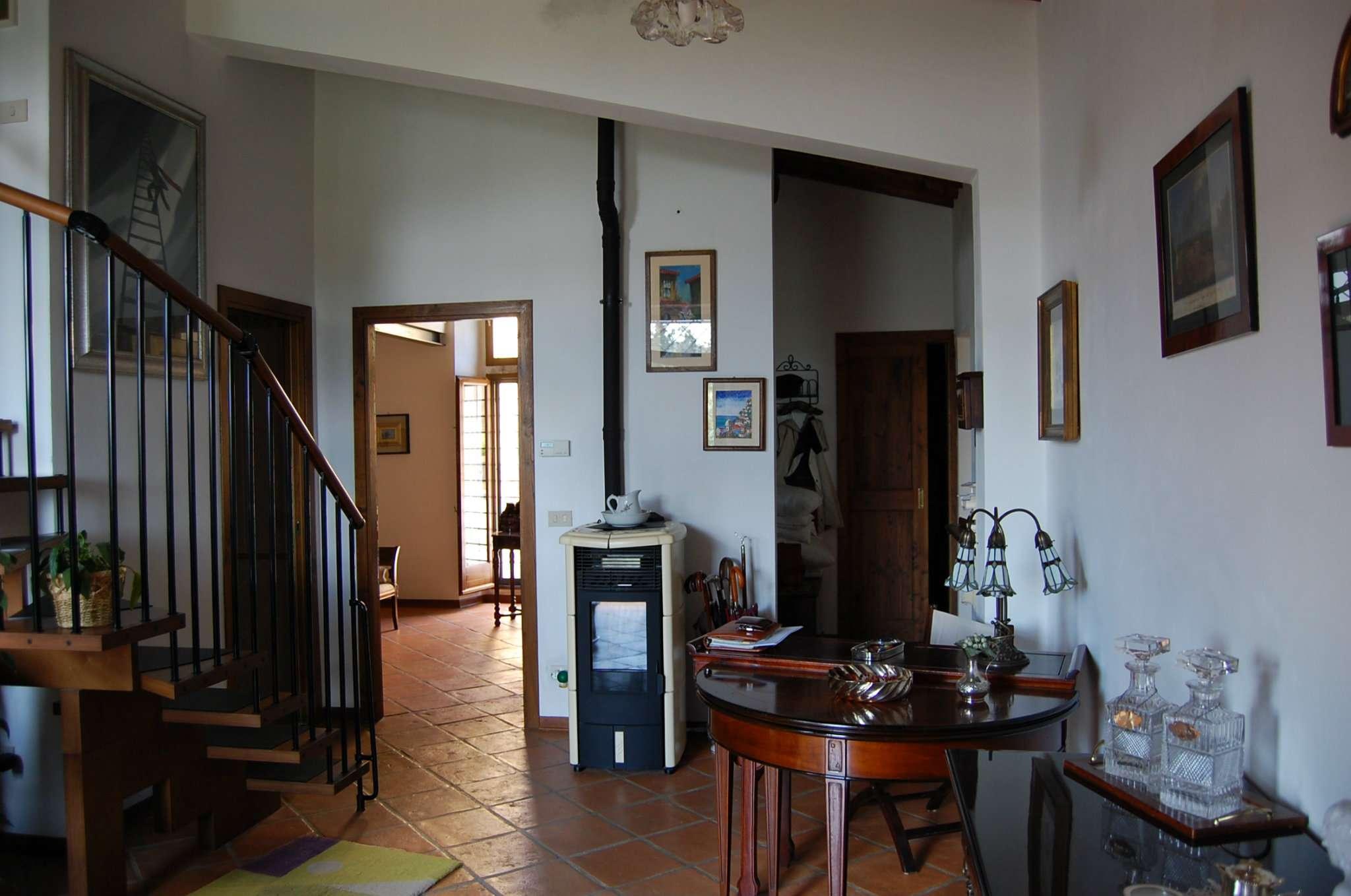 Bilocale Pontassieve Via Dei Bosconi 8