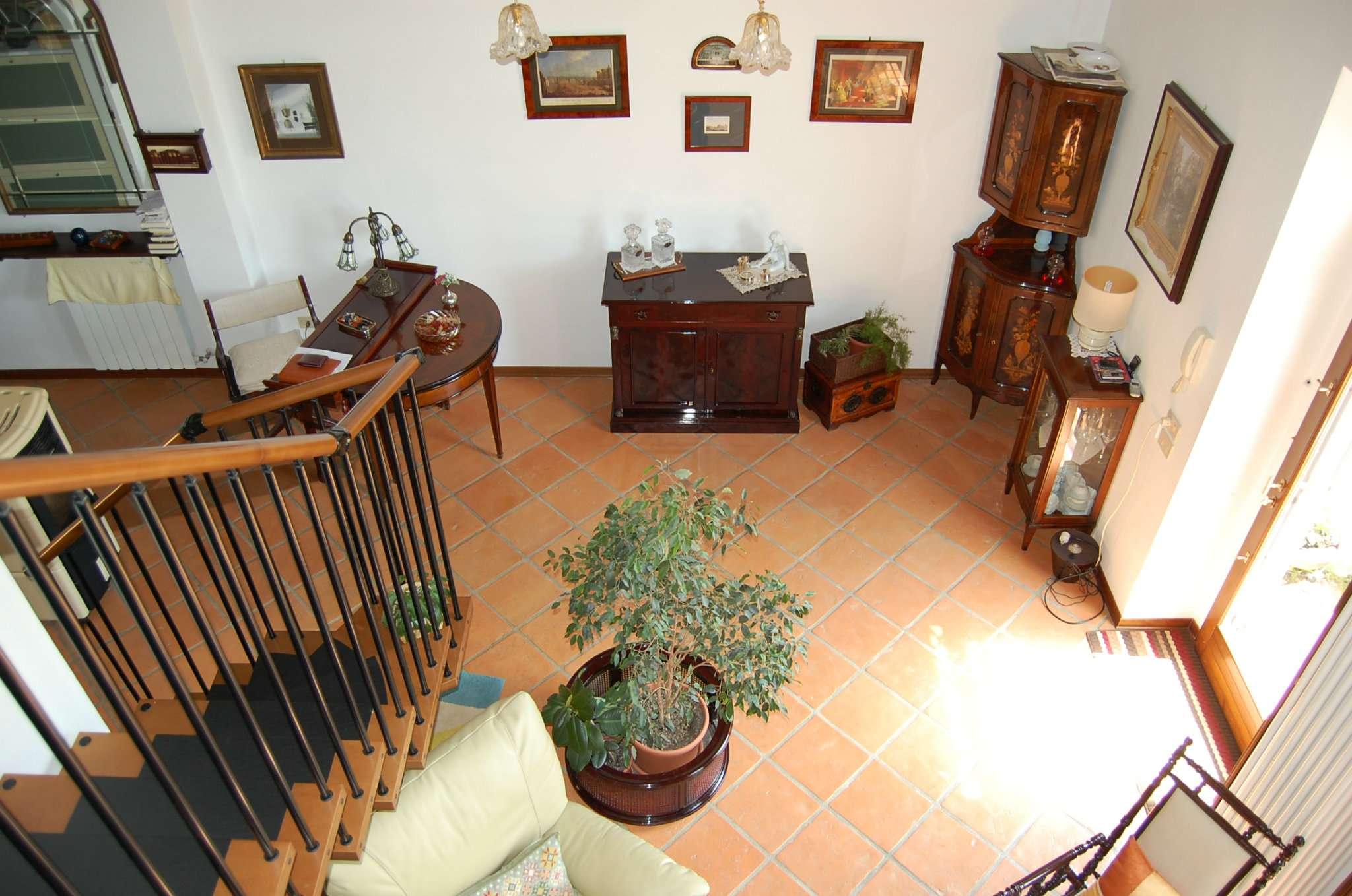 Bilocale Pontassieve Via Dei Bosconi 11