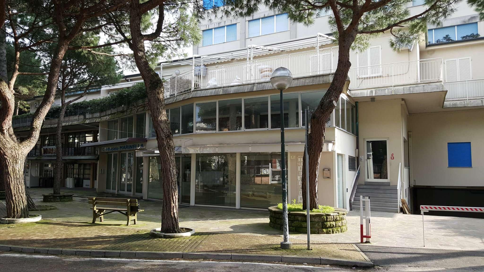 Bilocale Cervia Viale Romagna 12