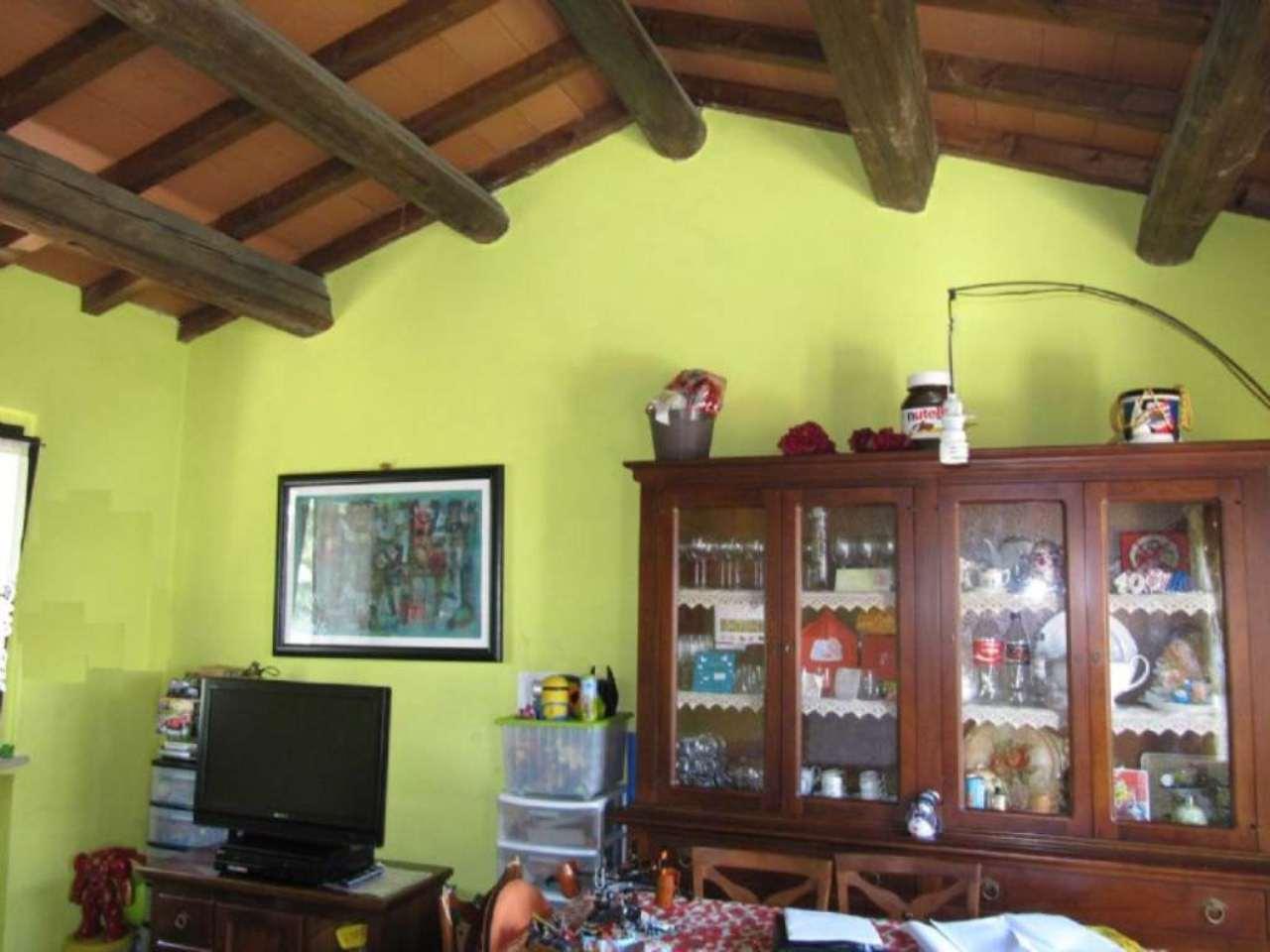 Bilocale Parma Via Case Vecchie 1