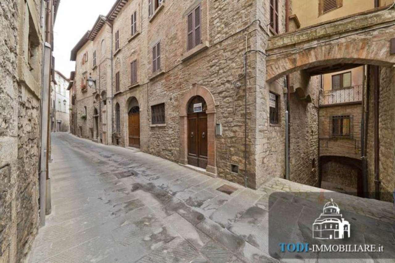 Bilocale Todi Via Cesia O Della Piana 13