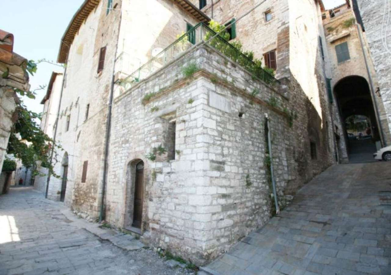 Bilocale Gubbio Via Della Misericordia 1