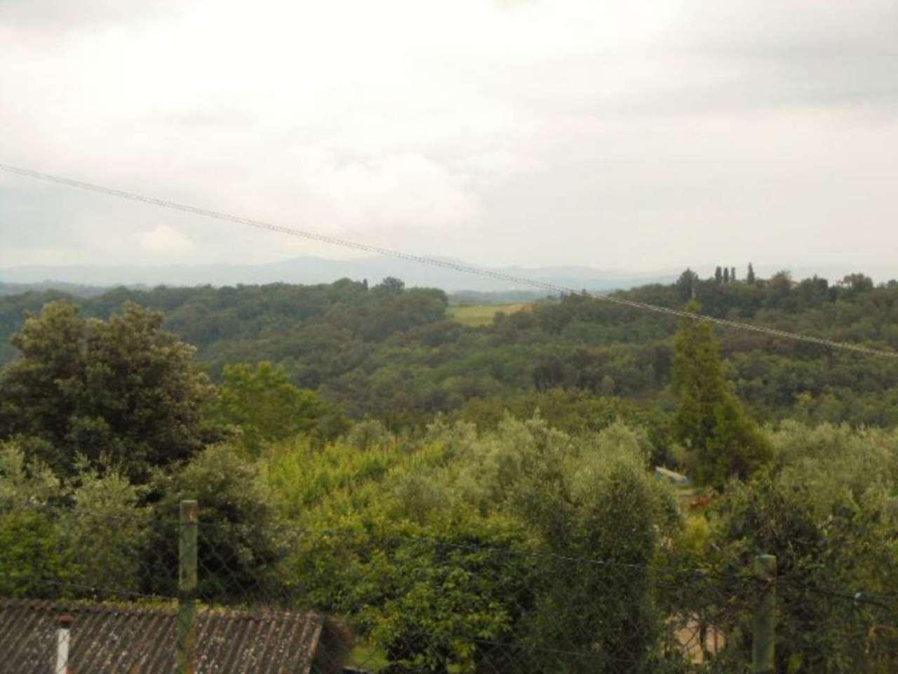 Bilocale Montevarchi Via Chiantigiana 10