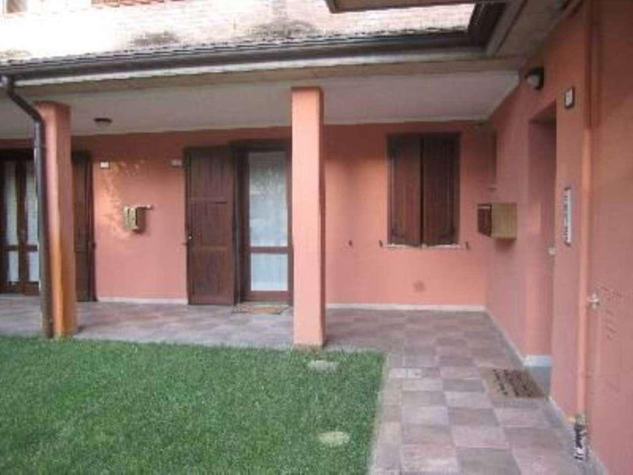 Bilocale Reggio nell Emilia Via Antonio Canova 9