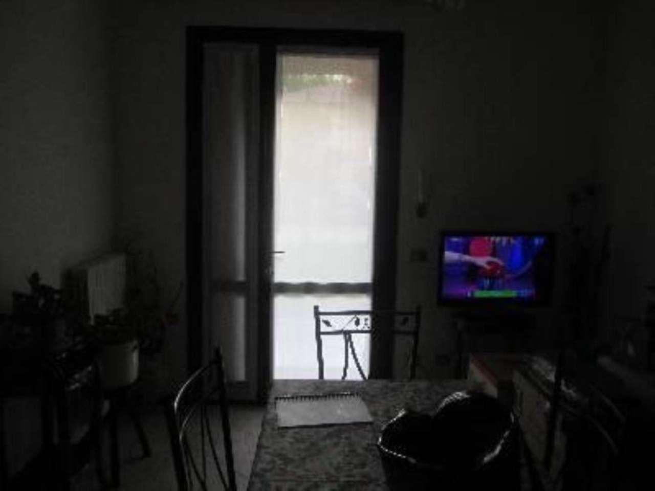 Bilocale Reggio nell Emilia Via Antonio Canova 2