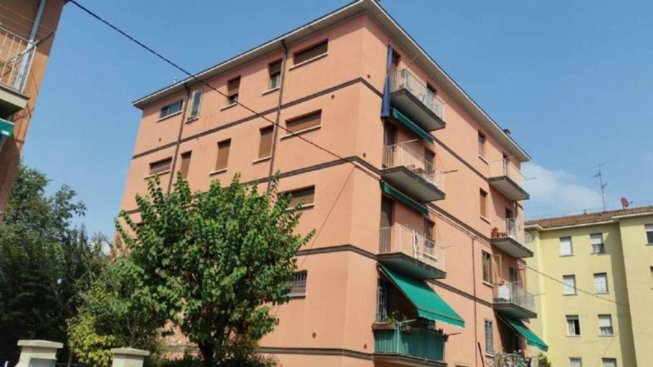 Bilocale Bologna Via Enrico Ferri 7