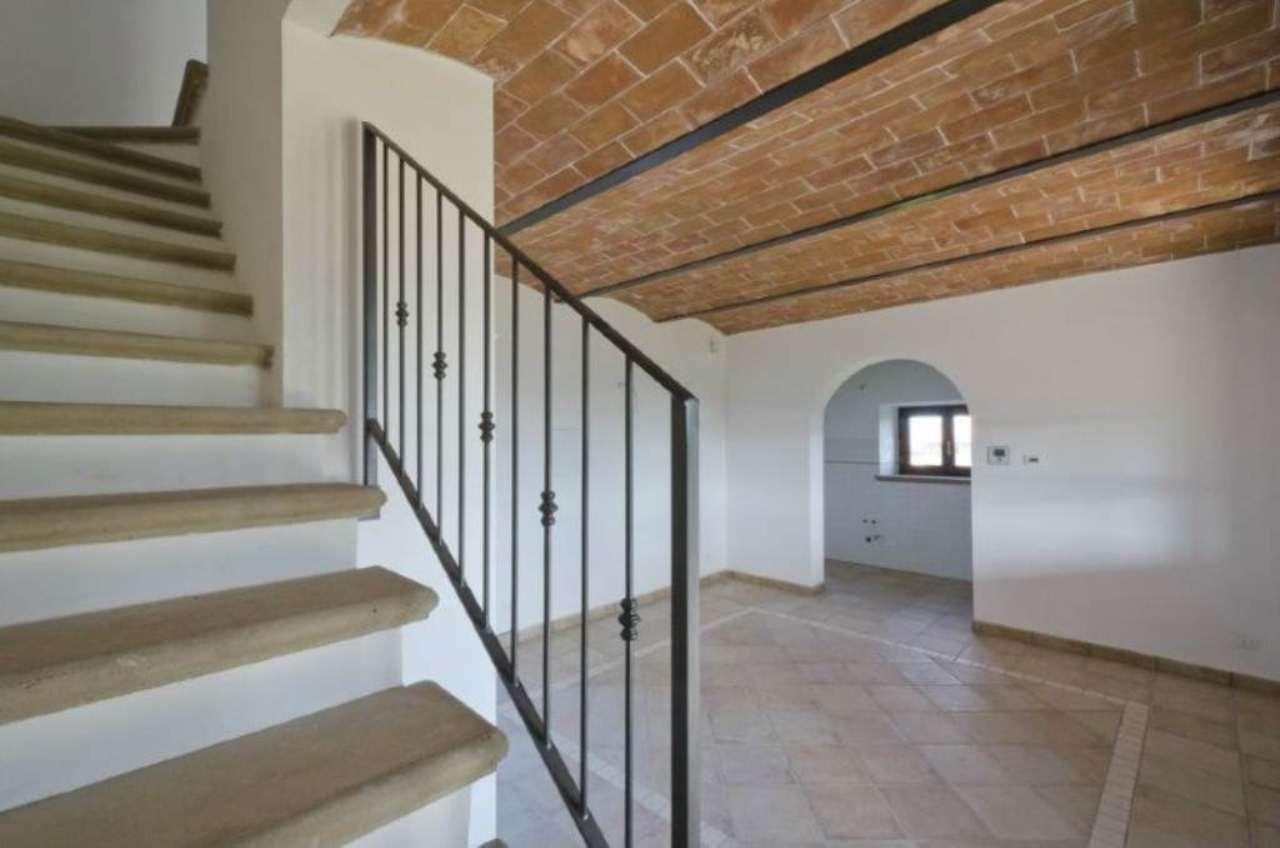 Bilocale Riparbella Via Roma 12