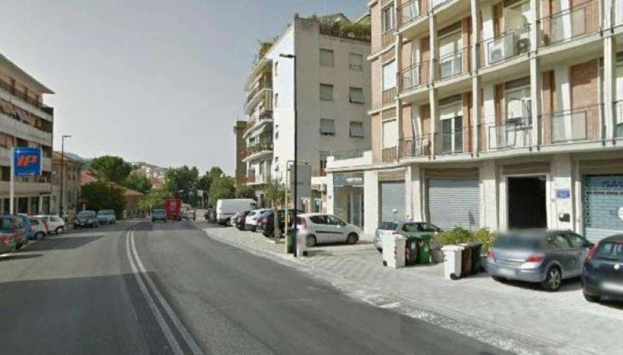 Bilocale Ancona Via Alcide De Gasperi 2