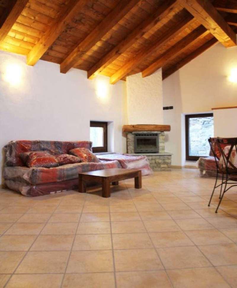 Appartamento in vendita a Antey-Saint-Andrè, 2 locali, prezzo € 158.000 | Cambio Casa.it