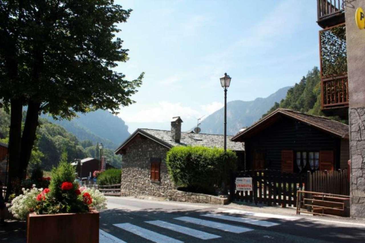 Soluzione Indipendente in vendita a Antey-Saint-Andrè, 2 locali, prezzo € 128.000 | Cambio Casa.it