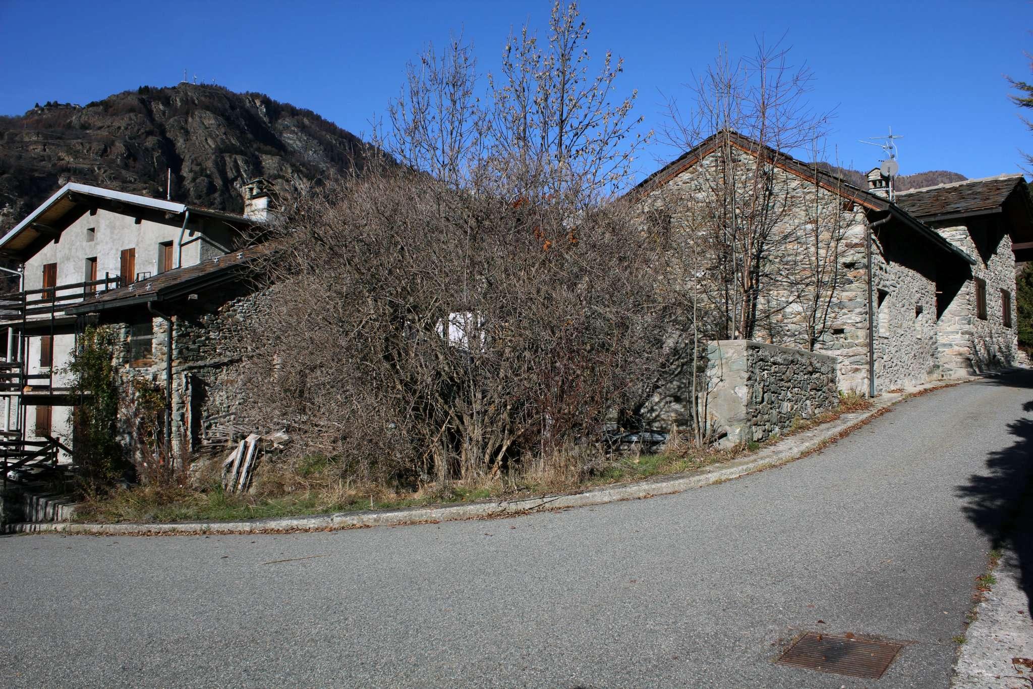 Rustico / Casale in vendita a Antey-Saint-Andrè, 4 locali, prezzo € 92.000 | Cambio Casa.it
