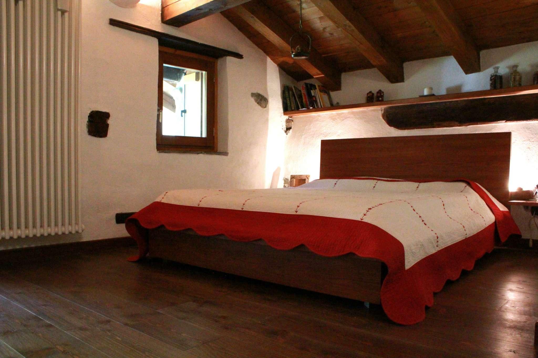 Appartamento in vendita a Antey-Saint-Andrè, 3 locali, prezzo € 190.000 | Cambio Casa.it