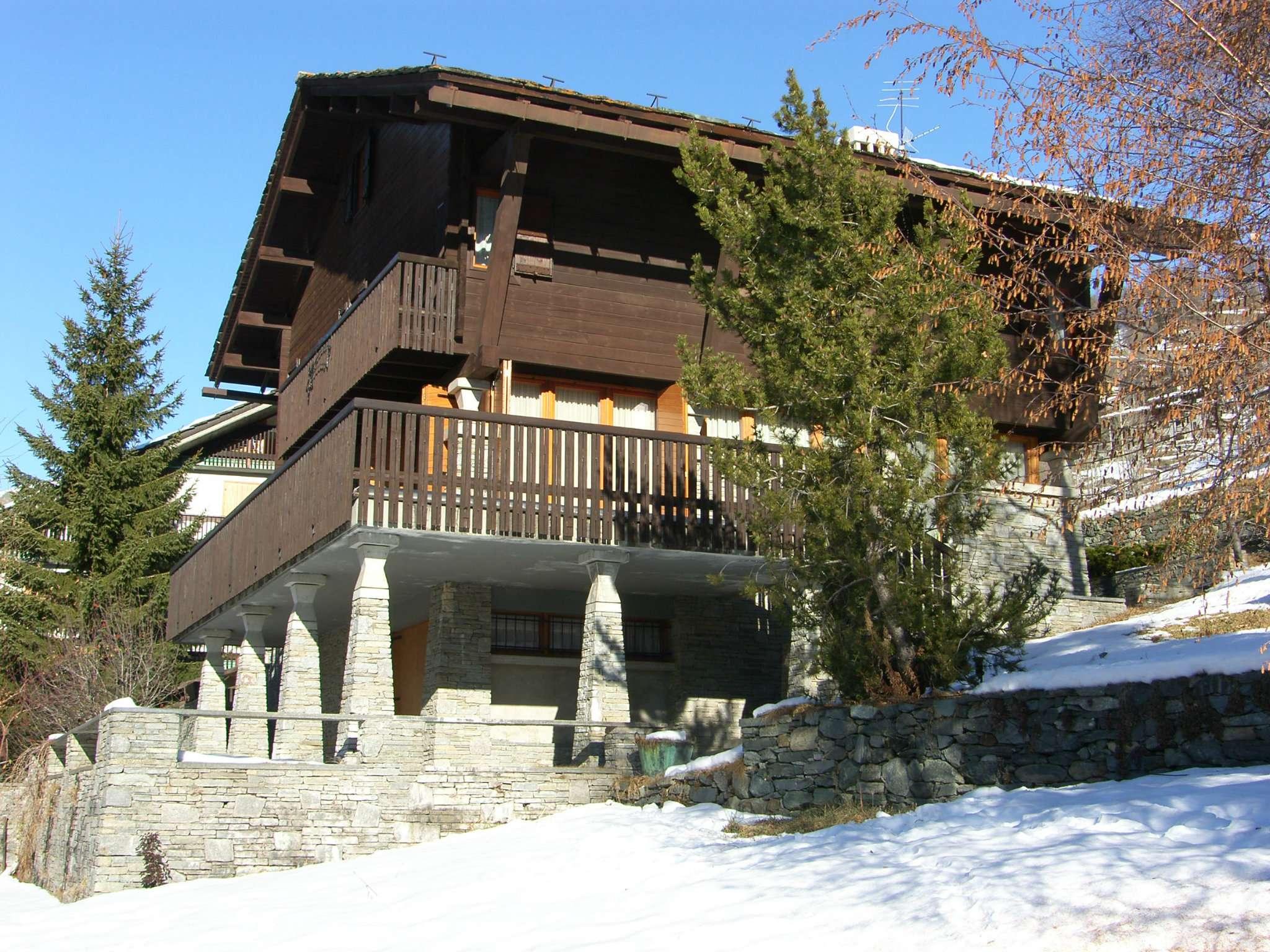 Villa in Vendita a Valtournenche