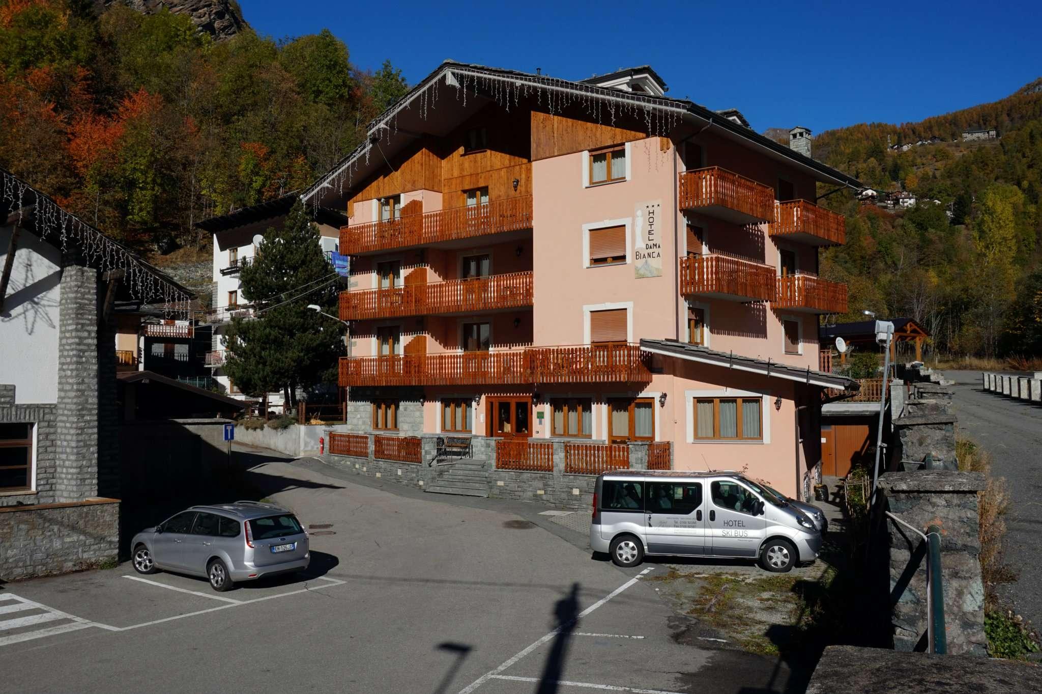 Altro in vendita a Valtournenche, 35 locali, Trattative riservate | Cambio Casa.it