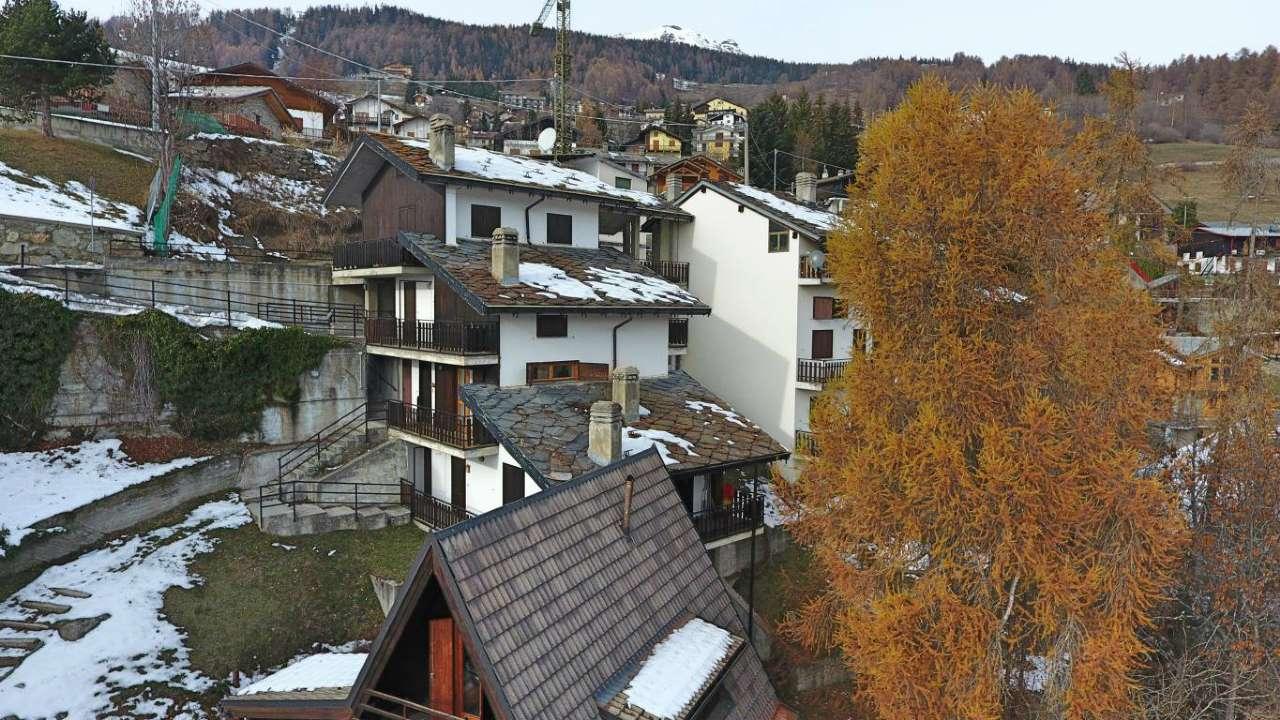 Foto 1 di Quadrilocale via rue Croisette, frazione Mongnod, Torgnon