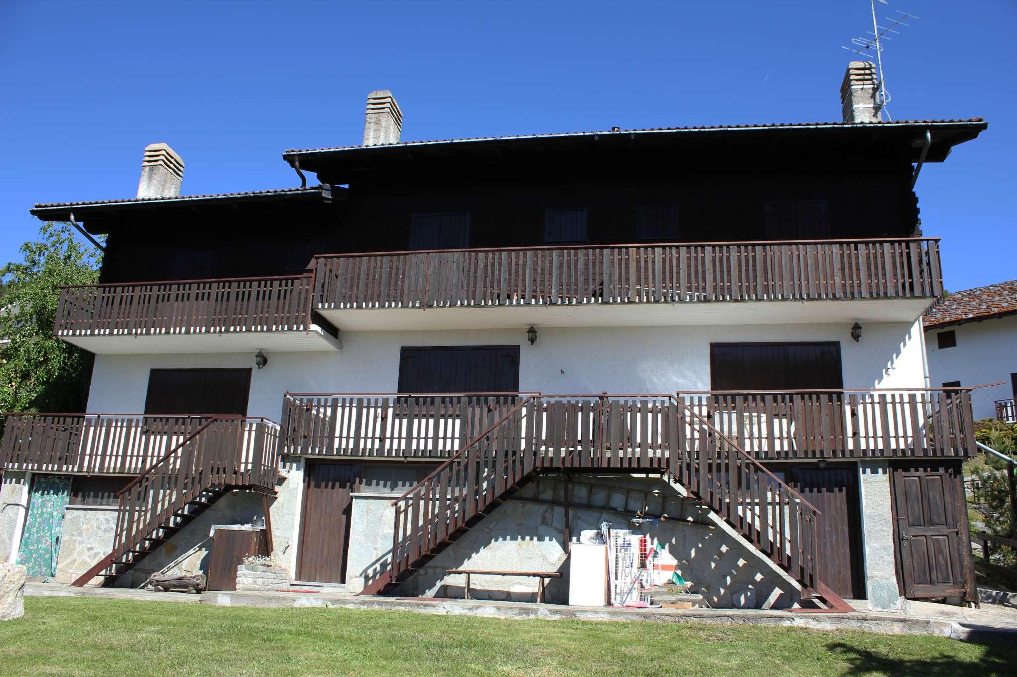 Foto 1 di Trilocale Frazione Chatrian, Torgnon