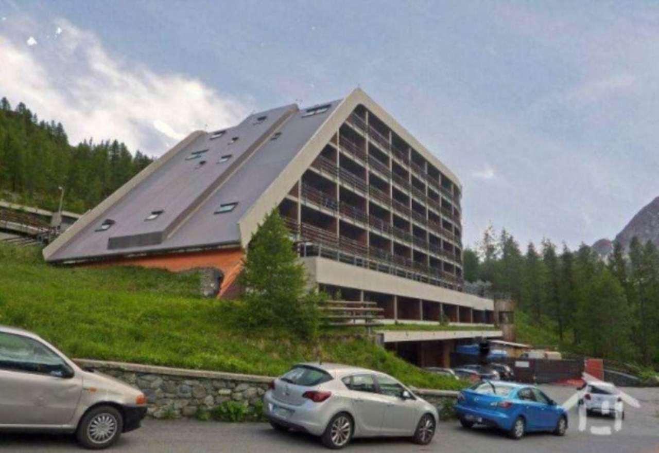 Appartamento in vendita a Valtournenche, 4 locali, prezzo € 195.000 | Cambio Casa.it