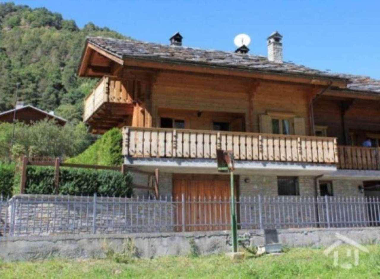Villa in vendita a Antey-Saint-Andrè, 6 locali, prezzo € 280.000 | Cambio Casa.it
