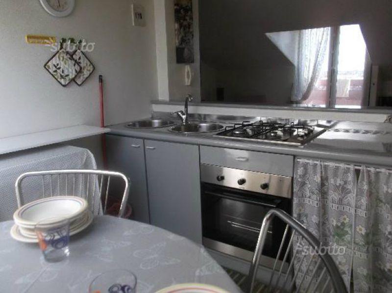 Attico / Mansarda in affitto a Aci Castello, 9999 locali, prezzo € 400 | Cambio Casa.it