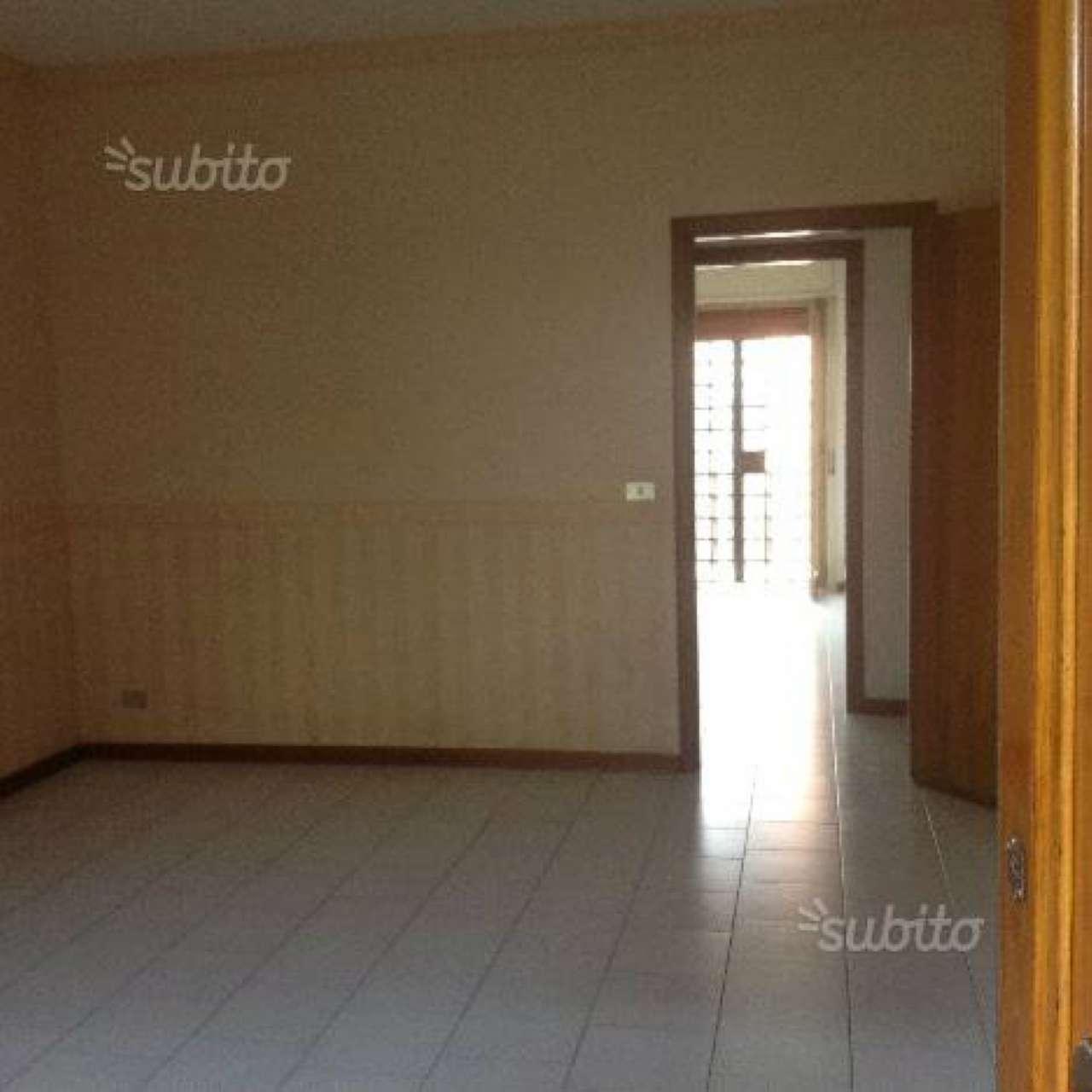 Appartamento in affitto a Gravina di Catania, 9999 locali, prezzo € 450 | Cambio Casa.it