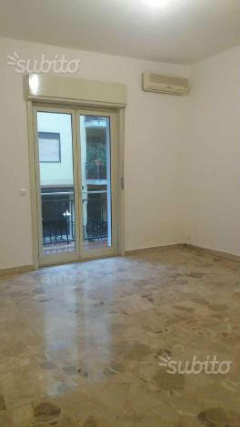 Appartamento in affitto a San Giovanni la Punta, 9999 locali, prezzo € 500 | Cambio Casa.it