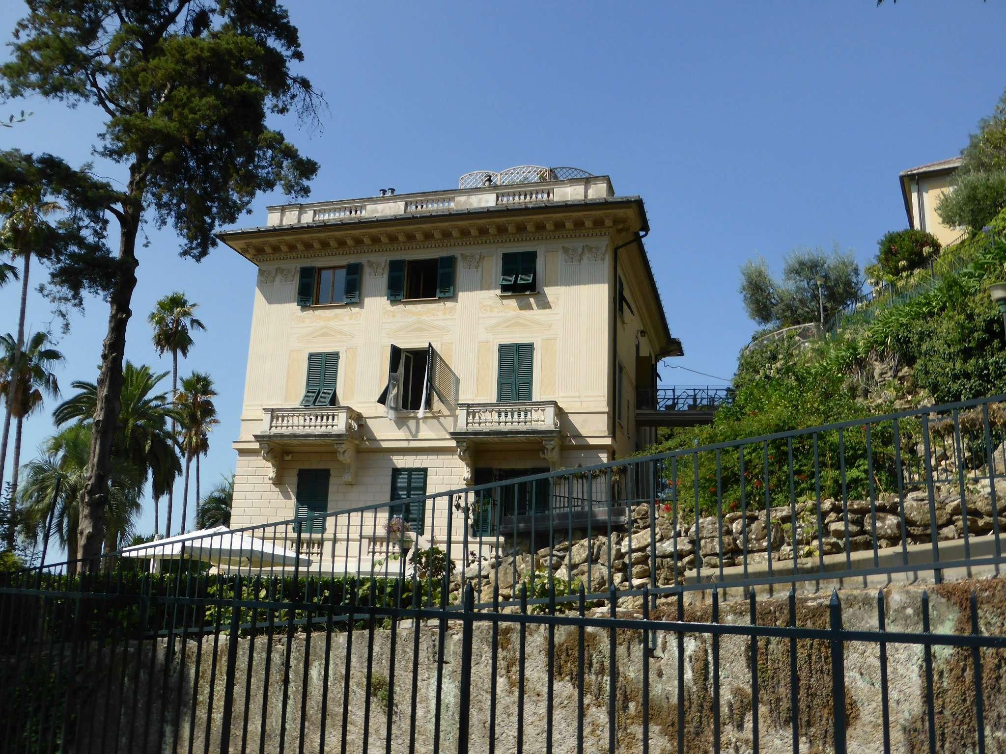 Appartamento in Vendita a Pieve Ligure