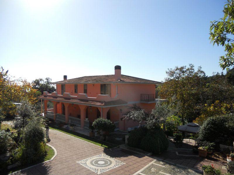 Villa-Villetta Vendita Genzano Di Roma