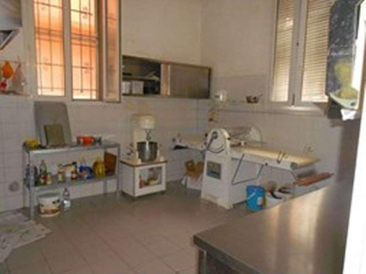 Laboratorio in vendita a Bologna, 6 locali, zona Zona: 3 . Fiera, San Donato, prezzo € 295.000 | CambioCasa.it