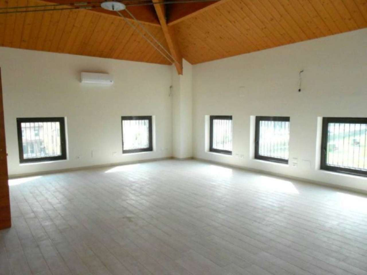 Ufficio / Studio in vendita a Galliera, 1 locali, prezzo € 90.000 | CambioCasa.it