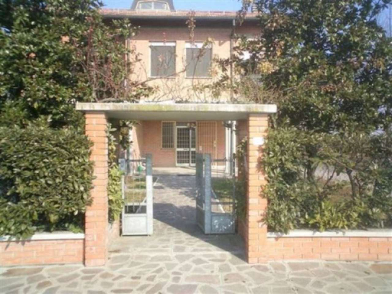 Villa in vendita a Anzola dell'Emilia, 6 locali, prezzo € 375.000 | Cambio Casa.it
