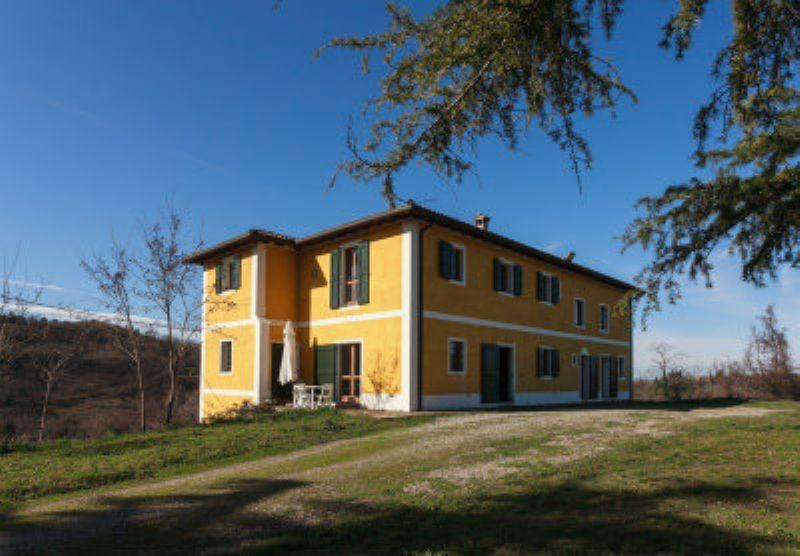 Villa in vendita a Sasso Marconi, 8 locali, prezzo € 870.000 | CambioCasa.it