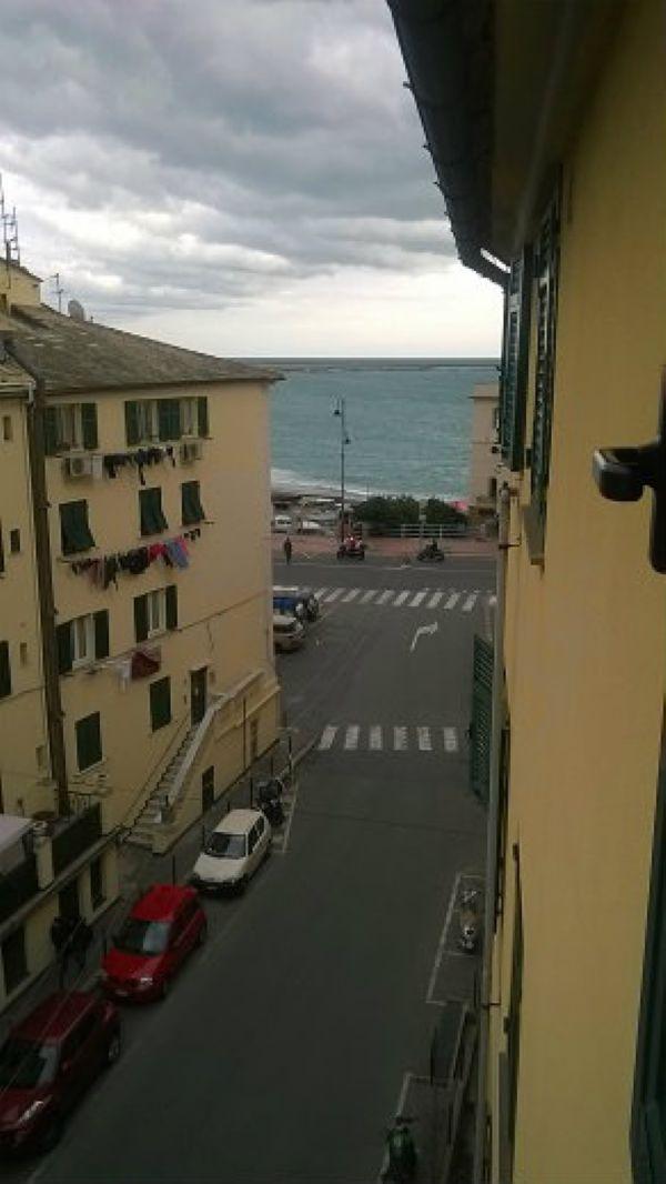 Bilocale Genova Viale Modugno 1
