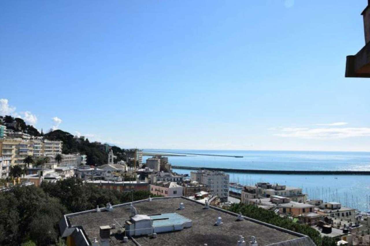 Bilocale Genova Via Gavino 4