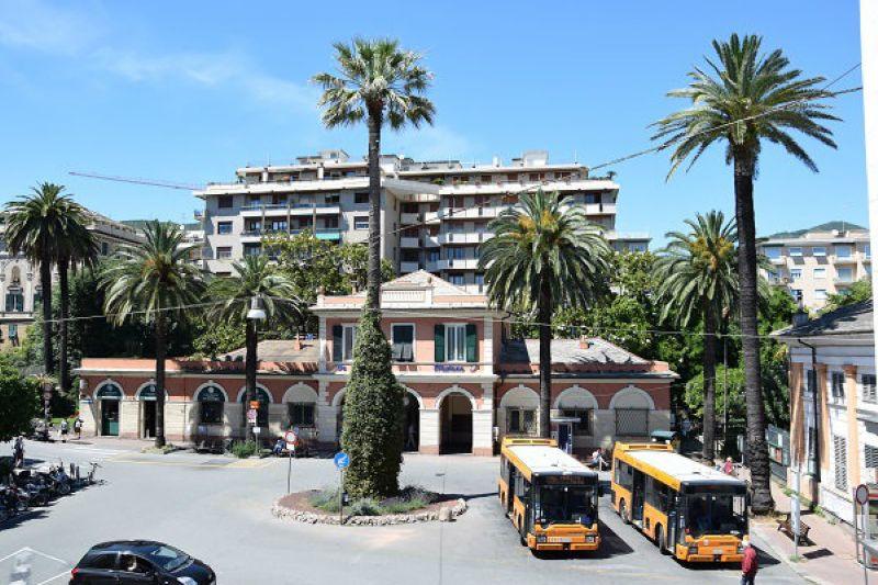 Bilocale Genova Piazza Ponchielli 6