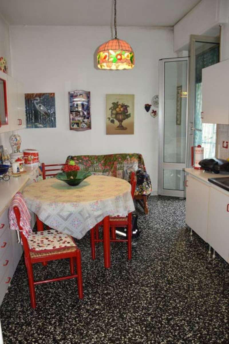 Bilocale Genova Via Alla Chiesa Di Pra 6