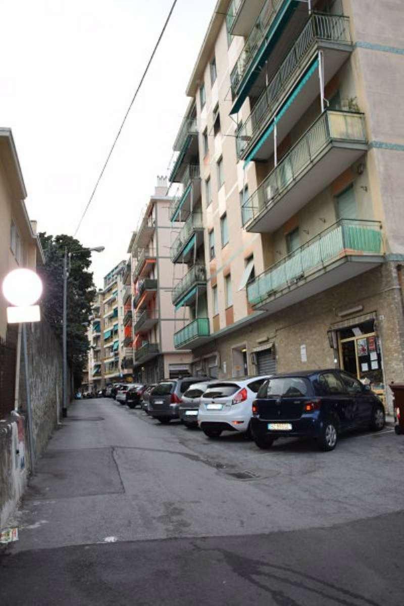 Bilocale Genova Via Alla Chiesa Di Pra 9