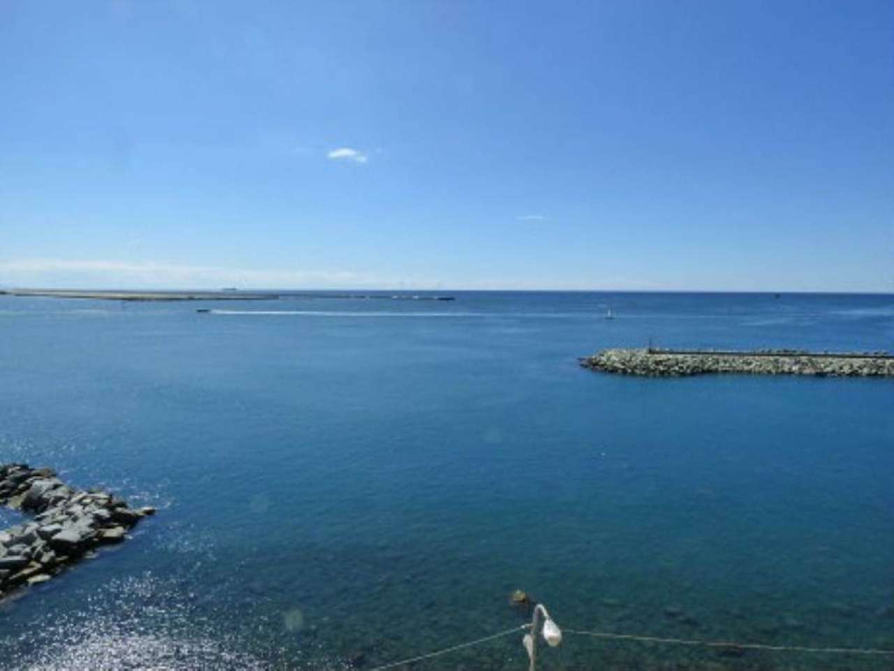 Bilocale Genova Via Pegli 1